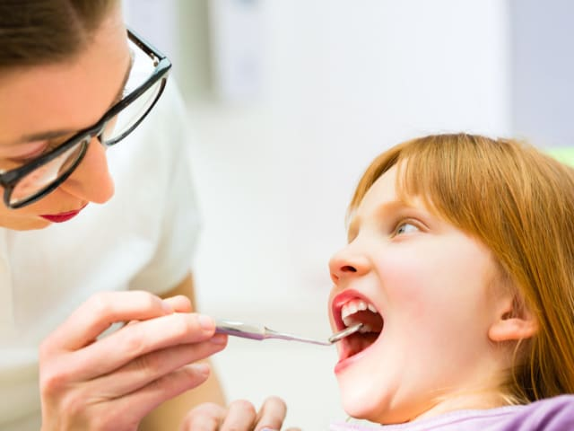 badanie zębów dziecka